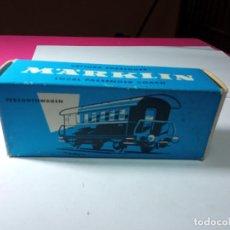 Trenes Escala: VAGÓN PASAJEROS 2 EJES ESCALA HO DE MARKLIN. Lote 288398128