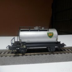Trenes Escala: VAGÓN CISTERNA BP ESCALA HO DE MARKLIN. Lote 290095653