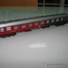 Trenes Escala: COCHE MIXTO ,2ª CLASE Y RESTAURANTE RIVAROSSI DE LA DB EN ESCALA -N-.. Lote 20419402
