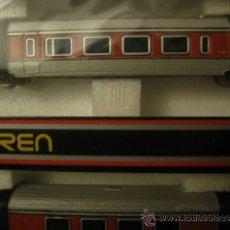 Trenes Escala: CAJA DE IBERTREN 3N CON OCHO VAGONES Y TODOS LOS COMPLEMENTOS QUE APARECEN EN LAS DIFERENTES FOTOS.. Lote 38027703