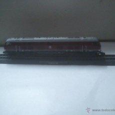 Trenes Escala: MAQUINA TREN CIL N ESCALA: 1:160. MODELO: V 320 001 DB. Lote 28186543