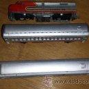 Trenes Escala: LOCOMOTORA MEHANO, SANTA FE, ESCALA N Y 2 VAGONES. Lote 42176197