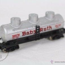 Trenes Escala: VAGÓN CISTERNA DE TREN - BABY RUTH - FABRICADO EN YUGOSLAVIA - ESCALA N - LONGITUD 7,5 CM. Lote 49893510