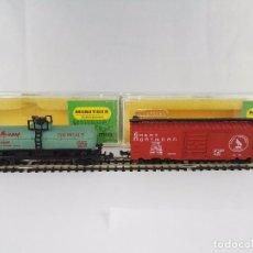 Trenes Escala: LOTE DE 2 VAGONES DE MERCANCIAS CERRADO Y CISTERNA MINITRIX ESCALA N. Lote 95823031