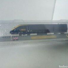 Trenes Escala: LOCOMOTORA ESTATICA INGLESA GNER CLASS 373 WHITE ROSE. Lote 99082952