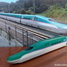 Trenes Escala: F-210- MAQUETA METAL LOCOMOTORA TREN BALA SHINKANSEN HAYABUSA - IMPORTADO JAPÓN.. Lote 221605590
