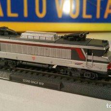 Trenes Escala: MAQUINA DE TREN CIL N 1:160 MODELO: 22200 SNCF B´B´. EN SU BLISTER. Lote 106226919