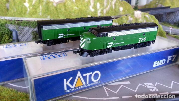 TANDEM DE LOCOMOTORAS KATO EMD F7 A+B BURLINGTON NORTHERN ESCALA N (Juguetes - Trenes Escala N - Otros Trenes Escala N)