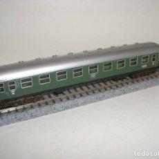 Comboios Escala: MINITRIX N PASAJEROS CON LUZ (CON COMPRA DE 5 LOTES O MAS ENVÍO GRATIS). Lote 106764551