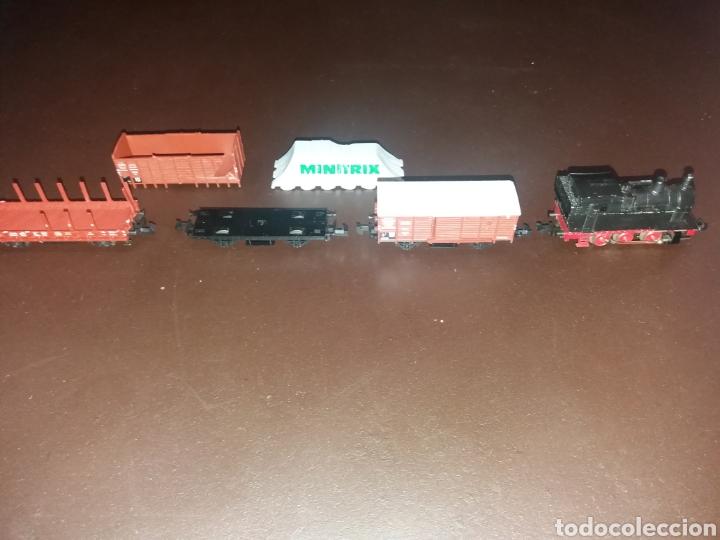 Locomotora vapor Minitrix con vagones., usado segunda mano