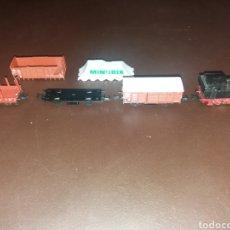 Trenes Escala: LOCOMOTORA VAPOR MINITRIX CON VAGONES.. Lote 110096131