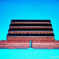 Trenes Escala: LOCOMOTORA + DUMMY + 4 COCHES Cª PENNSYLVANIA, CON LUZ, ATLAS RIVAROSSI ESC. N, ITALY, ORIGINAL 1970. Lote 117328915