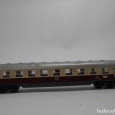 Trenes Escala: VAGÓN PASAJEROS DE LA DB ESCALA N DE MINITRIX CON LUZ . Lote 118625875