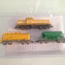 Trenes Escala: TREN, COMPOSICION COMSA, LOCOMTORA 51 LOV 5081 + VAGON CISTERNA+ TOLVA, MINITRIX 11205. Lote 131338418
