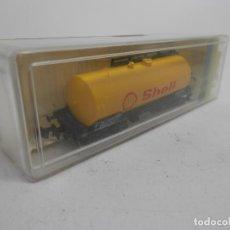 Trenes Escala: VAGÓN CISTERNA SHELL ESCALA N DE MINITRIX . Lote 133812430