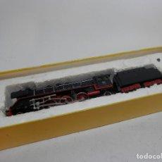 Trenes Escala: LOCOMOTORA VAPOR DE LA DB ESCALA N DE MINITRIX. Lote 133850858
