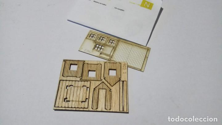 Trenes Escala: Sklas 1600903 Caseta madera paso a nivel (con puerta abatible) - Foto 2 - 146293490