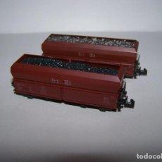 Trenes Escala: DOS VAGONES DE CARGA DE MINERAL MARCA TRIX. ESCALA N.. Lote 151143050