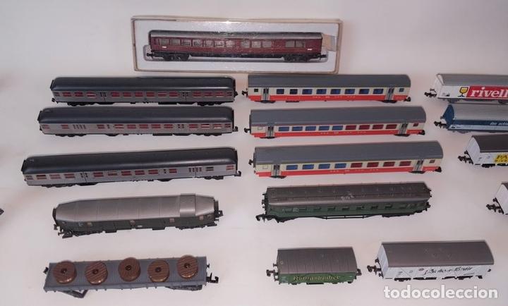 Trenes Escala: EXCEPCIONAL LOTE DE LOCOMOTORAS Y VAGONES. VARIAS MARCAS. ESC N. CIRCA 1970. - Foto 3 - 153828938