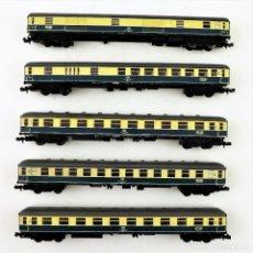 Trenes Escala: TRIX. LOTE DE VAGONES ESCALA N CON LUZ. Lote 156829754
