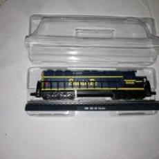 Trenes Escala: LOCOMOTORA GM SD-45 CO-CO SANTA FE ESCALA N CLUB INTERNACIONAL DEL LIBRO NUEVA. Lote 163487786
