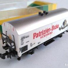 Trenes Escala: TRIX MINITRIX ESCALA N VAGÓN CARGA CERRADO. CERVECERO. Lote 168742144