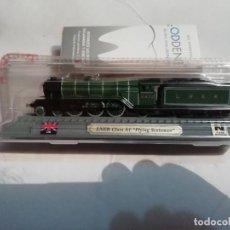 Trenes Escala: LOCOMOTORA LNER CLASS A1 FLYING SCOTSMAN ESCALA N INGLESA DEL PRADO NUEVA. Lote 169200840