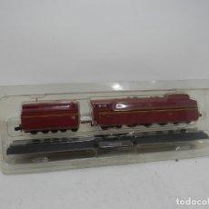 Trenes Escala: LOCOMOTORA ESCALA N ESTATICA . Lote 175976334