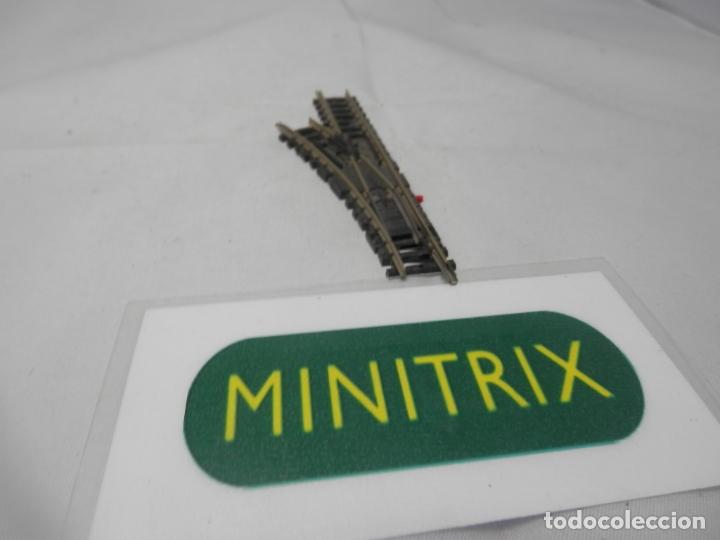 DESVIO MANUAL IZQUIERDO ESCALA N DE MINITRIX (Juguetes - Trenes Escala N - Otros Trenes Escala N)