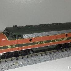 Trenes Escala: BATCHMANN N LOCOMOTORA GREAT NORTHERNL44-85(CON COMPRA DE 5 LOTES O MAS ENVÍO GRATIS). Lote 184465315