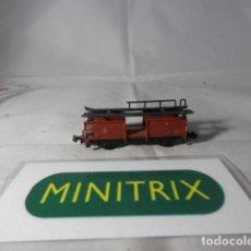 Trenes Escala: VAGÓN PORTACOCHES ESCALA N DE MINITRIX . Lote 191815742