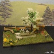Trenes Escala: PEQUEÑO DIORAMA DE ANIMALES EN GRANJA. Lote 193860417