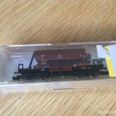 Trenes Escala: VAGON TRANSPORTE DE BALASTRO DB DE MINITRIX. Lote 194641943