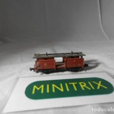 Trenes Escala: VAGÓN PORTACOCHES ESCALA N DE MINITRIX . Lote 198537596