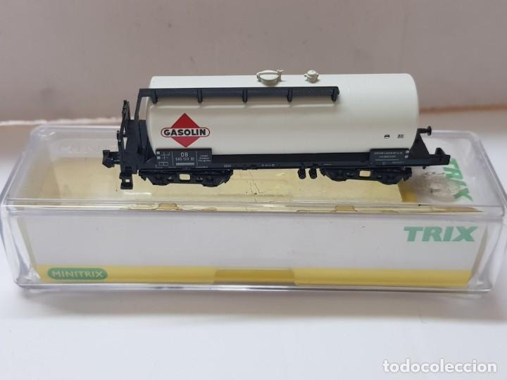 VAGON DE TREN GASOLIN TRIX REF.15173-02 EN BLISTER SIN USO ESCALA N (Juguetes - Trenes Escala N - Otros Trenes Escala N)