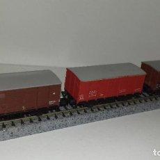 Trenes Escala: MINITRIX N 3 VAGONES CERRADOS --- L46-062 (CON COMPRA DE 5 LOTES O MAS, ENVÍO GRATIS). Lote 213644098