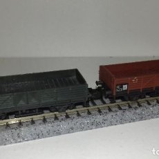 Trenes Escala: MINITRIX N 2 BORDE BAJO MARRÓN Y VERDE --- L46-068 (CON COMPRA DE 5 LOTES O MAS, ENVÍO GRATIS). Lote 213721715