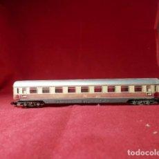 Comboios Escala: VAGÓN PASAJEROS DE LA DB ESCALA N DE MINITRIX. Lote 215623918