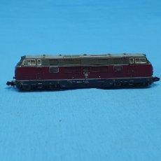 Trenes Escala: LOCOMOTORA TRIX WESTERN GERMANY - DB 221 137-3. Lote 219254072