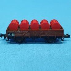 Trenes Escala: VAGÓN CON BARRILES - TRIX WESTERN GERMANY. Lote 219257786