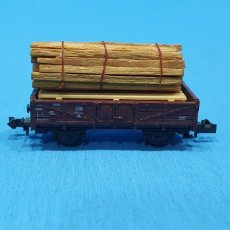 Trenes Escala: VAGÓN CON CARGA DE MADERA - ROCO AUSTRIA. Lote 219262627
