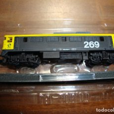 Trenes Escala: MAQUINA DE TREN 269 RENFE B B ESCALA..N -- SIN FUNCION NUEVA PERFECTA. Lote 227889300