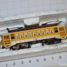 Trenes Escala: BACHMANN / ESCALA N - ANTIGUO TRANVÍA A TROLES YELLOW BRILL TROLLEY - ¡MIRA FOTOS Y DETALLES!. Lote 230835925