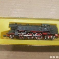 Trenes Escala: LOCOMOTORA CARBÓN ARNOLD RAPIDO 0220 CON CAJA DETERIORADA. Lote 233926730