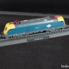 Trenes Escala: LOCOMOTORA 1047 MAV BO-BO ESTÁTICA ESCALA N. Lote 237008515