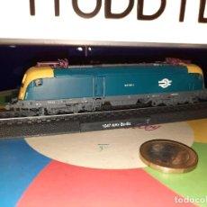Trenes Escala: LOCOMOTORA ESTÁTICA,ESCALA N,1047 MAV BO-BO. Lote 239674465