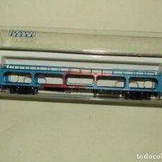 Trenes Escala: ANTIGUO VAGÓN PLATAFORMA PORTACOCHES EN ESCALA *N* 1/160 DE KATO. Lote 245252145