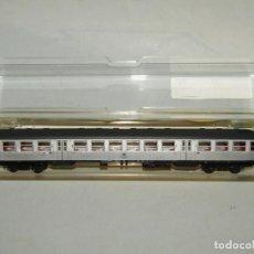 Trenes Escala: COCHE DE VIAJEROS 2ª CLASE DE LA DB EN ESCALA *N* REF. 13038 DE TRIX MINITRIX. Lote 251019905