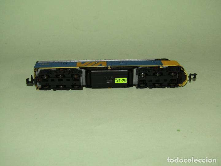 Trenes Escala: Locomotora Diesel E8/9-A de la Cia. VIA Rail Canadá en Esc. *N* de KATO - Foto 7 - 251889640