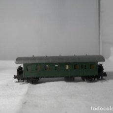 Trenes Escala: VAGÓN PASAJEROS 2 EJES ESCALA N DE PIKO. Lote 254793130